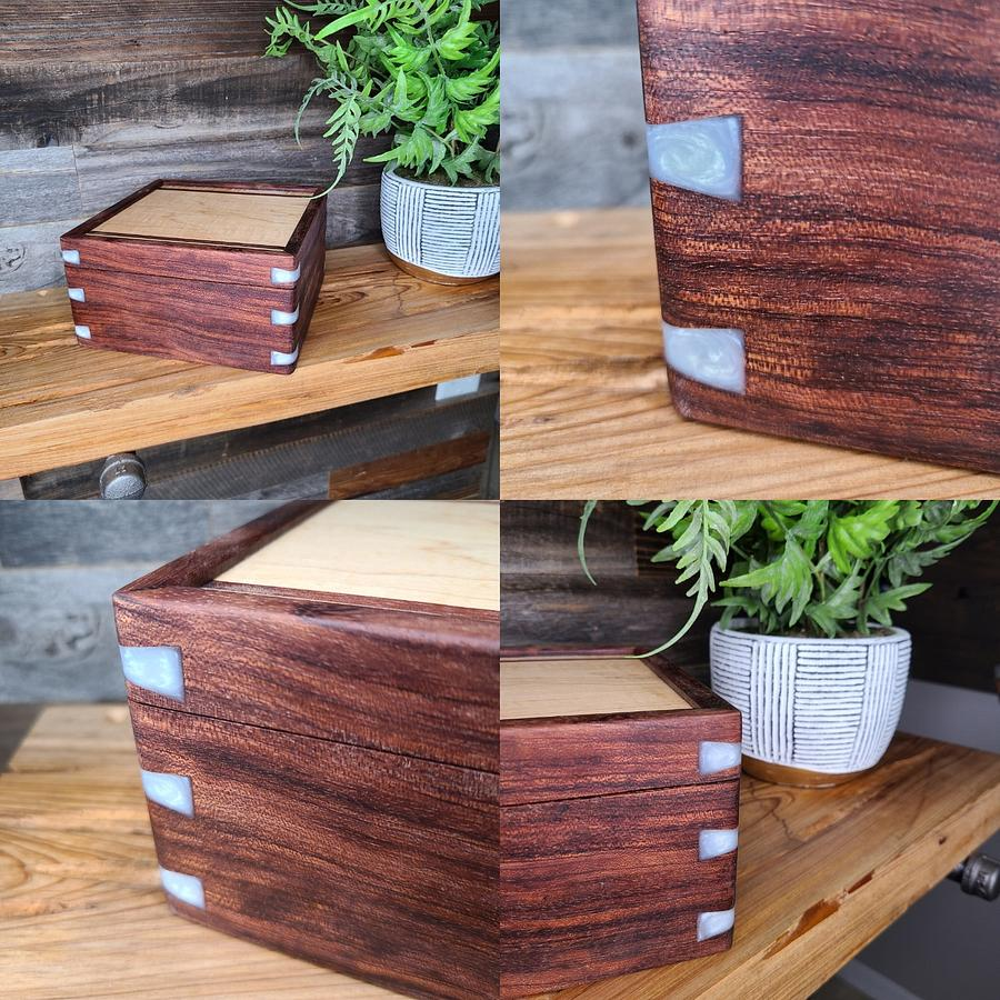 Valet box with bubinga and white epoxy dovetails - Woodworking Project by SmokeAndSand