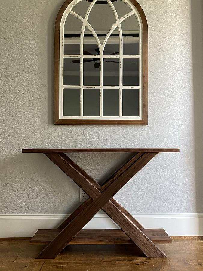 Walnut entry way table - Woodworking Project by DaltryWoodworks