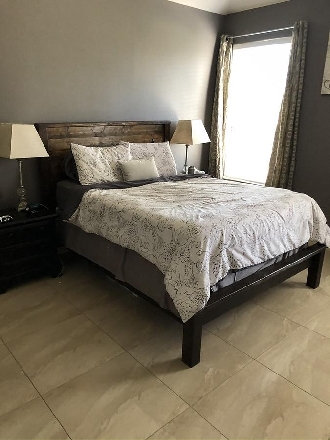 Farmhouse Queen Bed Frame  - Woodworking Project by Shiro Campos