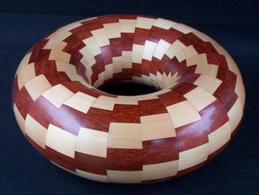 TWISTED TORUS - Woodworking Project by Sam Shakouri
