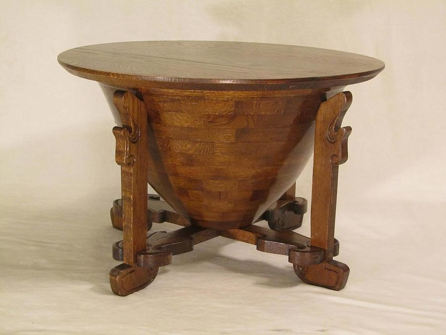 Charles Rohlfs Inspired Coal Hod Coffee Table - Woodworking Project by Woodbridge