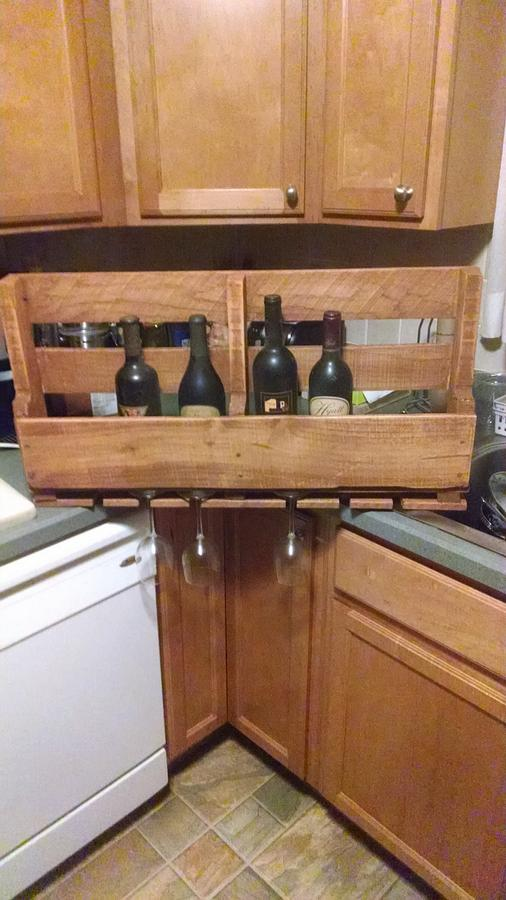 Pallet Wine Rack - Woodworking Project by BurninBush