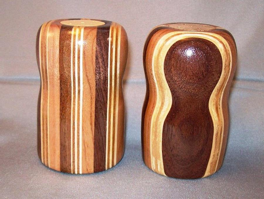 turned salt and pepper shaker set - Woodworking Project by wiser1934