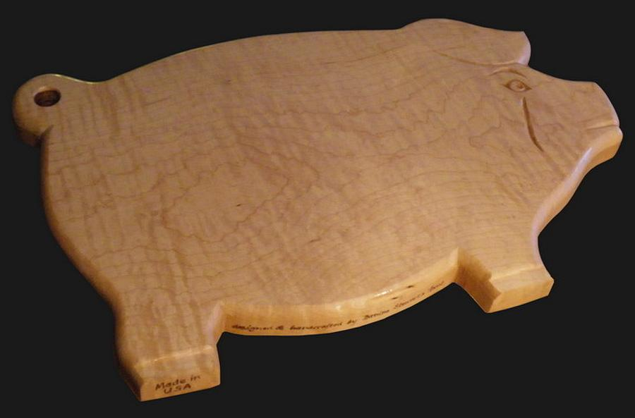 Curly Maple, Carved Pig Cutting Board - Woodworking Project by Lightweightladylefty