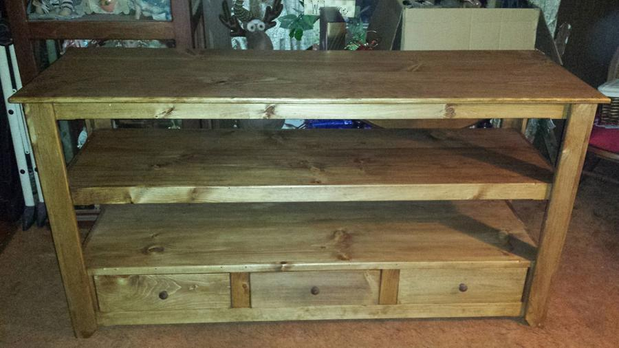 Tv stand w/ storage - Woodworking Project by Nate Ramey