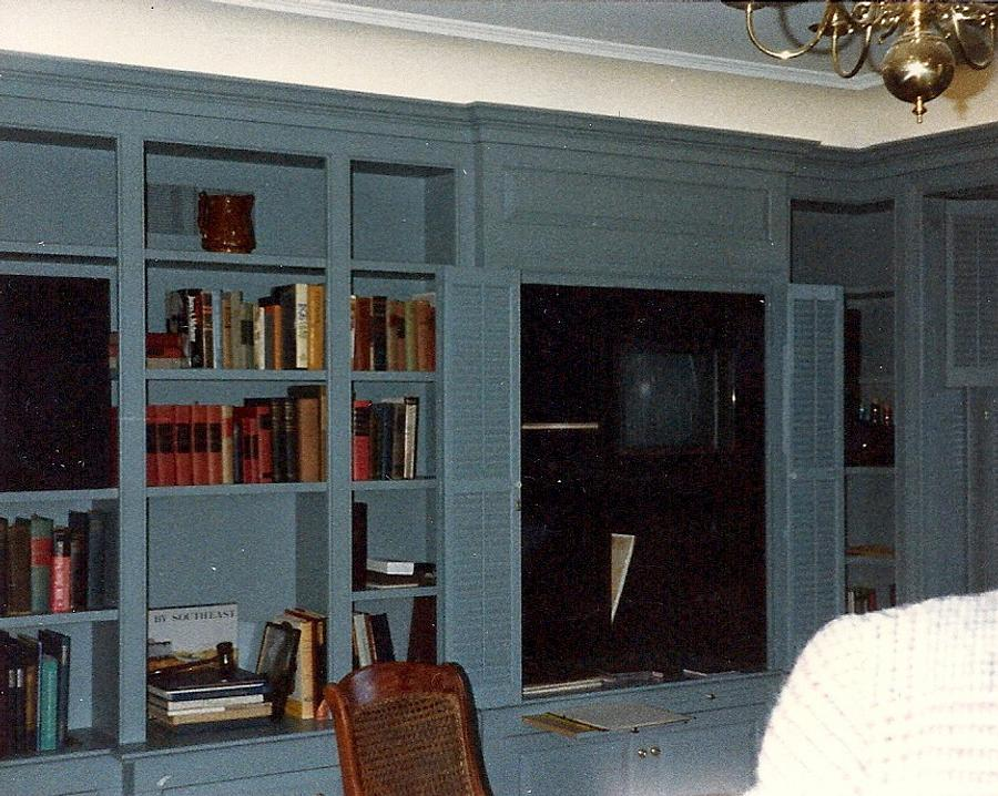 Mill Work and Casework: Raised Paneling and Mantel - Woodworking Project by Xylonmetamorphoun
