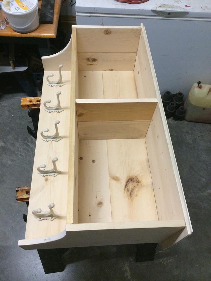 Shelf/Coat Rack - Woodworking Project by Rosebud613