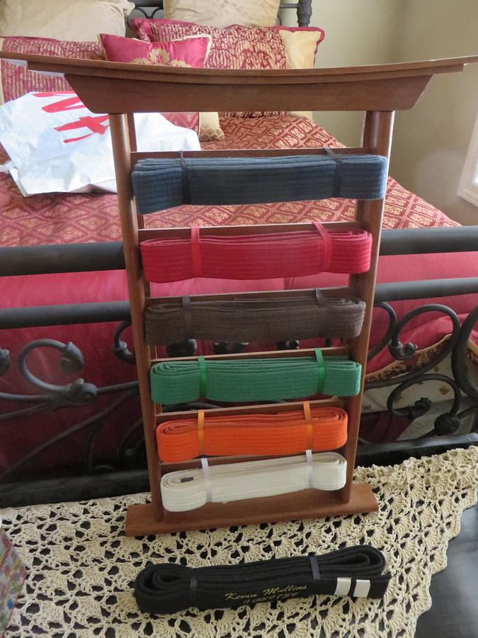 Karate Belt display Rack - Woodworking Project by oldrivers