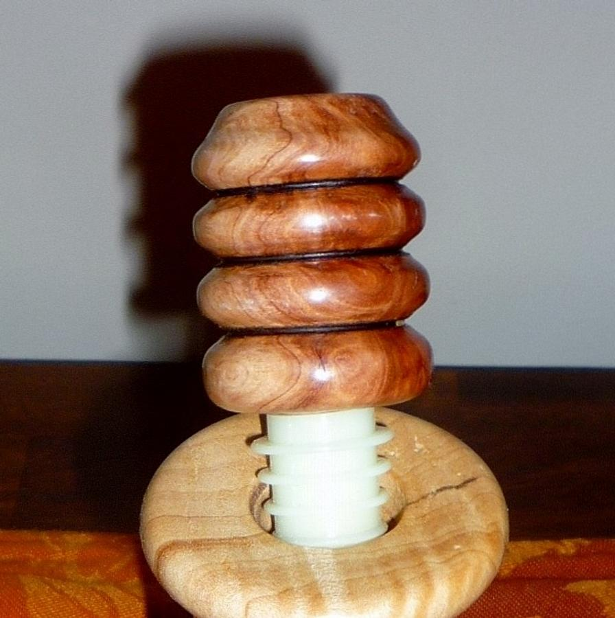 Wine Stoppers - Woodworking Project by Tony
