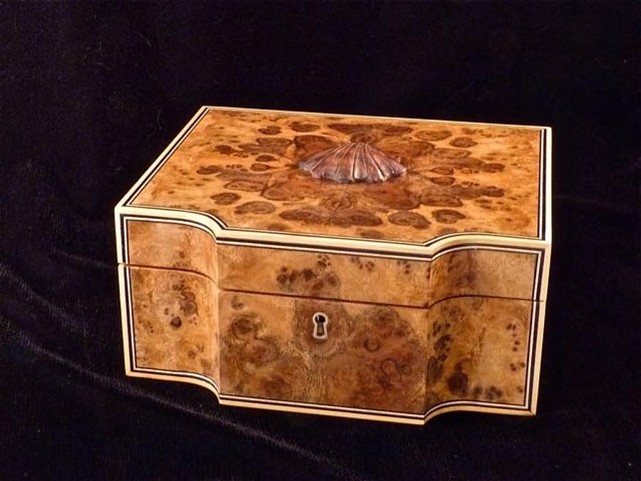 Walnut Burl Man Box - Woodworking Project by RogerBean