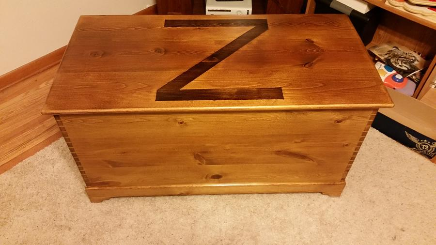 Pine Toy Box - Woodworking Project by Matt