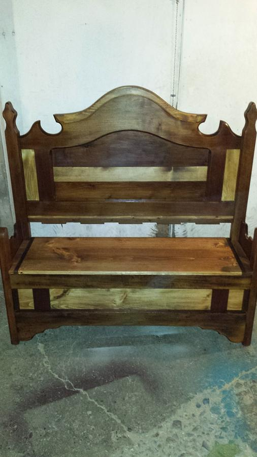 Headboard bench - Woodworking Project by Nate Ramey