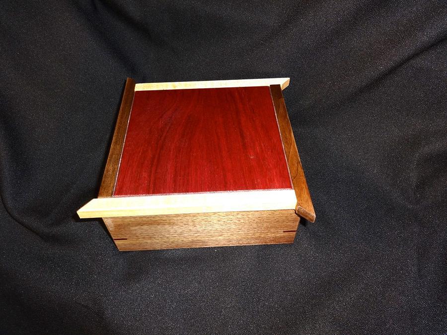 Five Little Tea Boxes - Woodworking Project by Ellen
