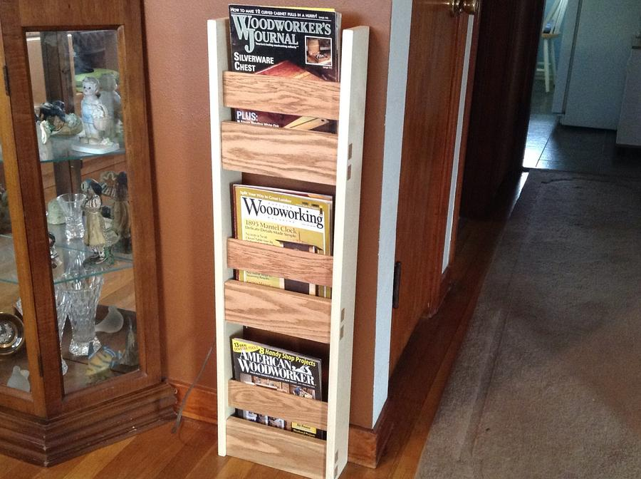 Popular WW Mag Rack  - Woodworking Project by delicatetouch