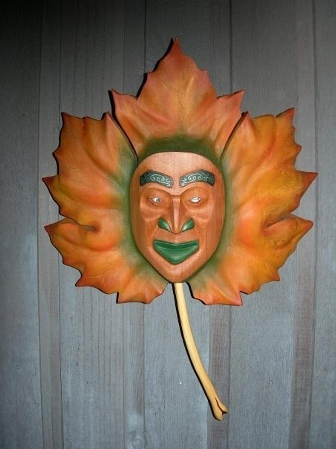 Maple Leaf mask - Woodworking Project by Carver