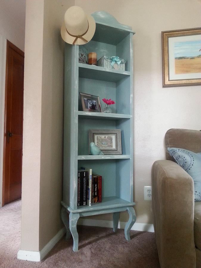 wife's bookcase - Woodworking Project by davecono