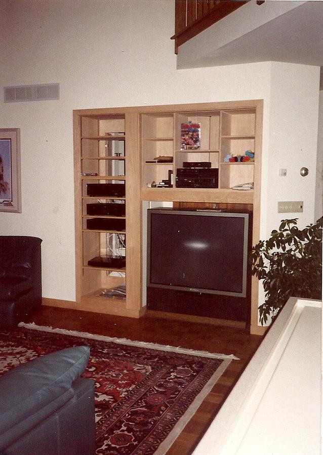 Casework: Oak Entertainment Center - Woodworking Project by Xylonmetamorphoun