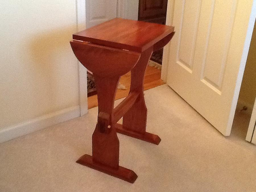 Accent table - Woodworking Project by Jack King