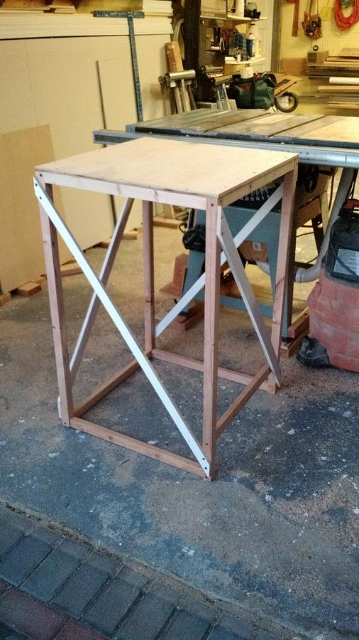 Pedestal - Woodworking Project by Brian