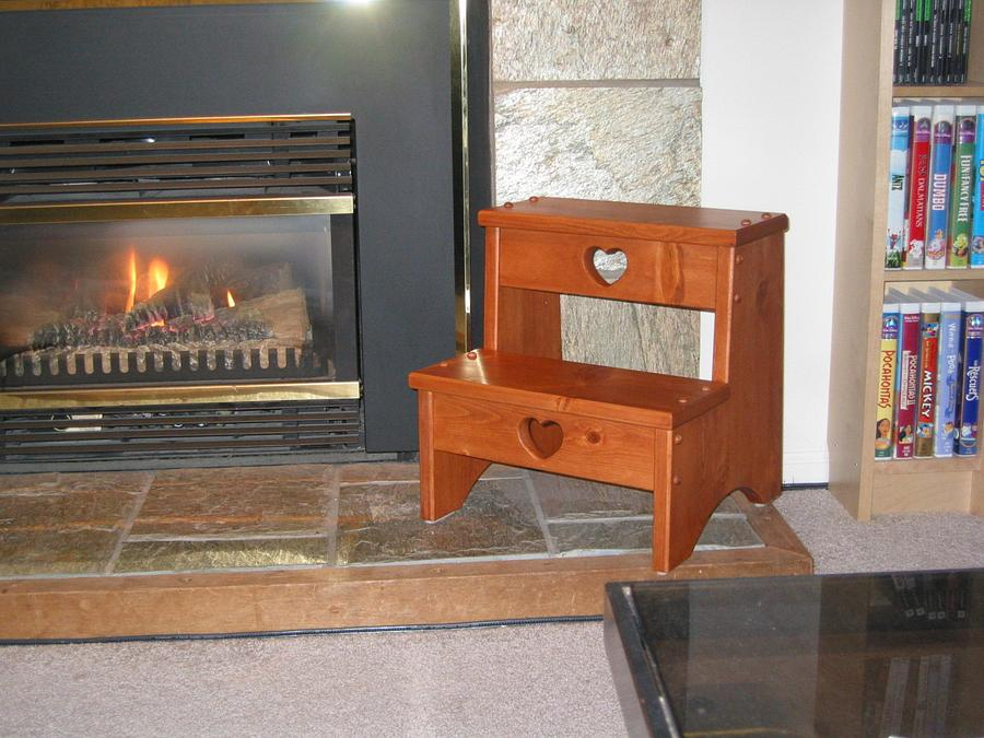 Kitchen Step Stool - Woodworking Project by Railway Junk Creations