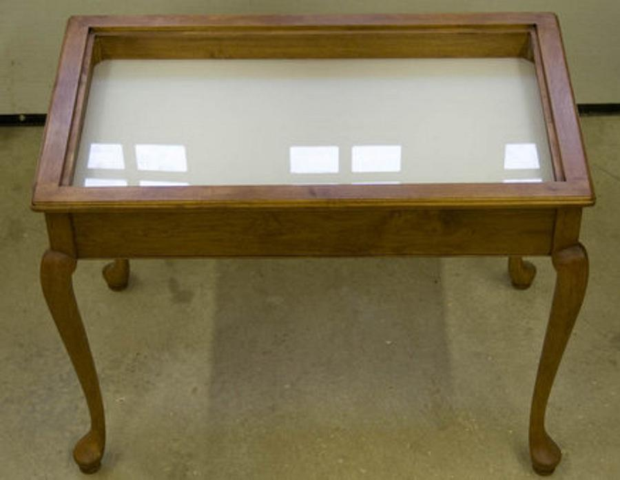 Display glass top table - Woodworking Project by a1jim