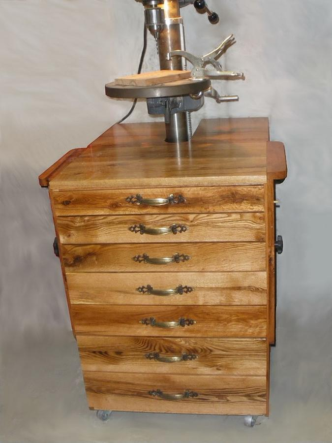 Drill Press Cabinet from scrap - Woodworking Project by Lightweightladylefty