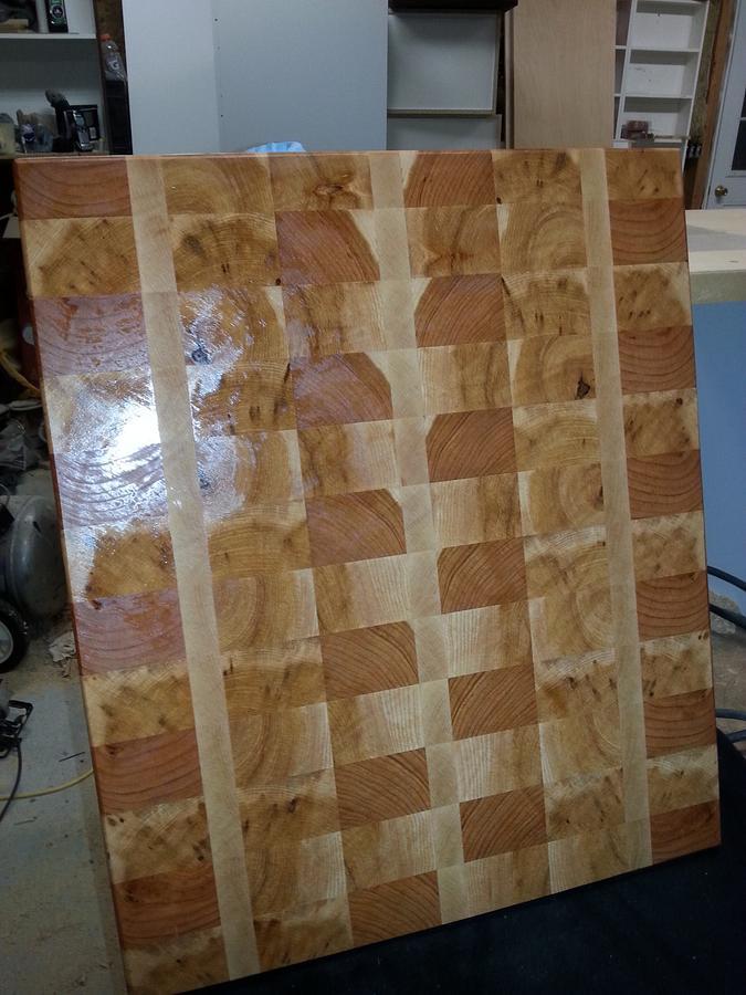 endgrain cutting board - Woodworking Project by woodchuck