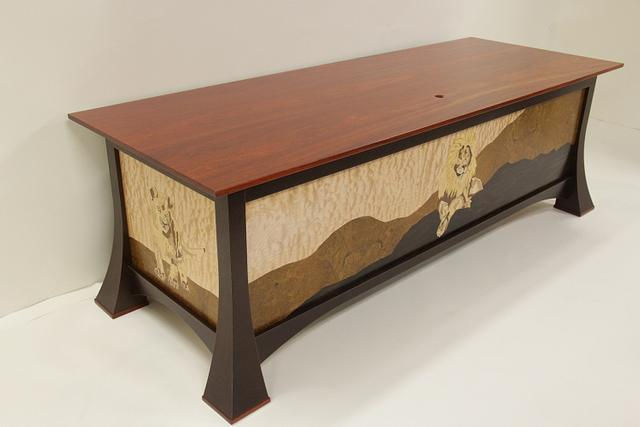 Desk with Lion Marquetry  - Woodworking Project by Dennis Zongker