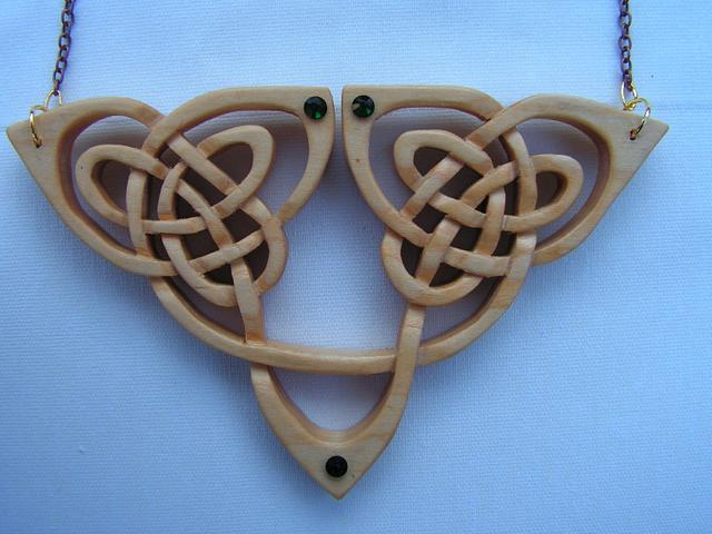Curvy Celtic Pendant
