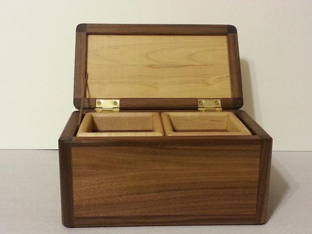 Jewelry or Valet Box? Who knows...
