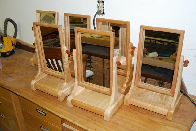 Vanity mirrors - Woodworking Project by mike1950