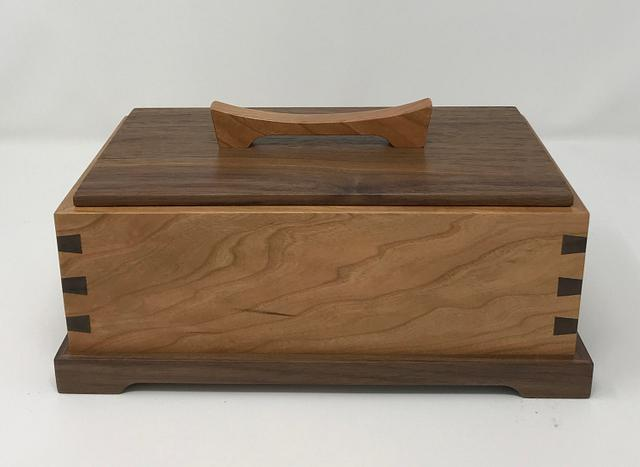 Another Cherry and Walnut Keepsake Box - Woodworking Project by kdc68