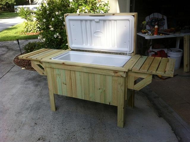 Pool side cooler