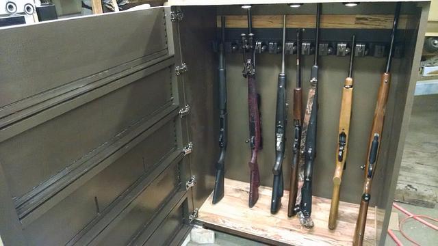 Dresser hidden gun cabinet 2.0 - Woodworking Project by Maderhausen