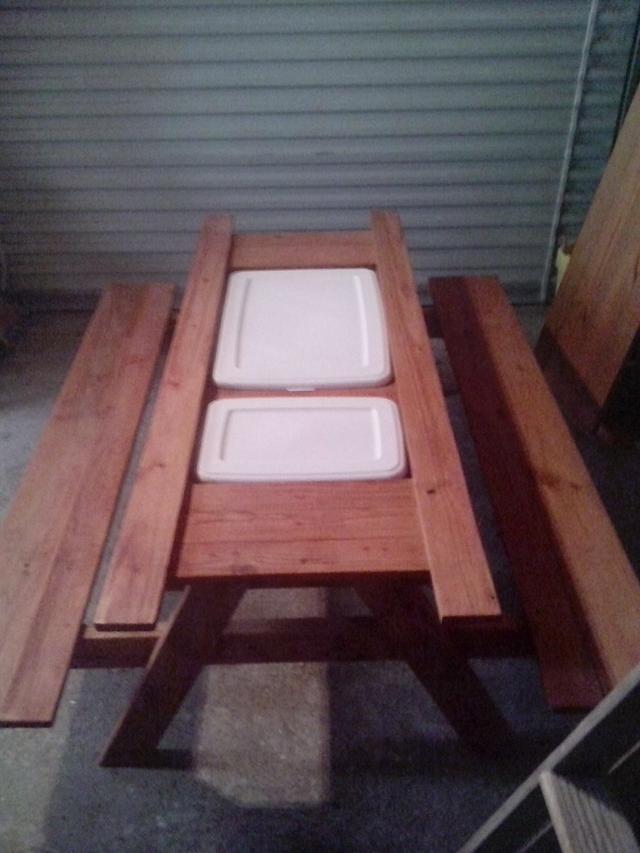 Kids sand box picnic table