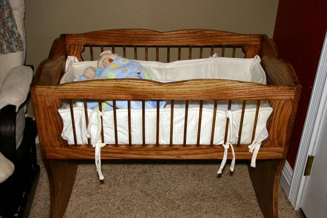 Rocking Baby Cradle - Woodworking Project by Papa Time