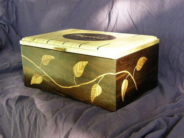 Leaf Box - Woodworking Project by MontanaBob