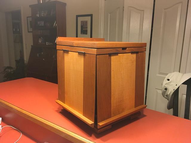 Jeffersonian bookstand