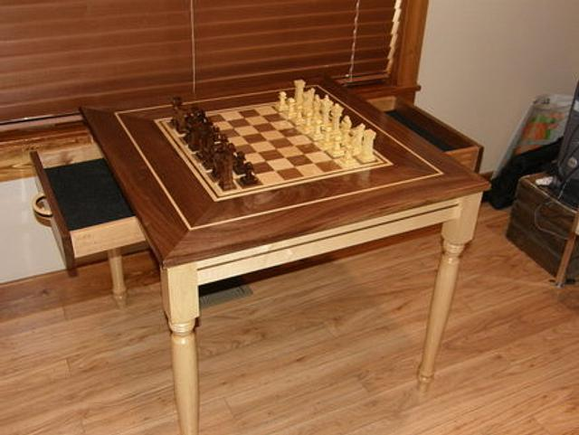 Chess Table and 3d cut pieces..