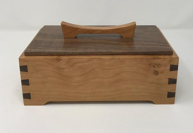 Cherry and Walnut Keepsake Box - Woodworking Project by kdc68