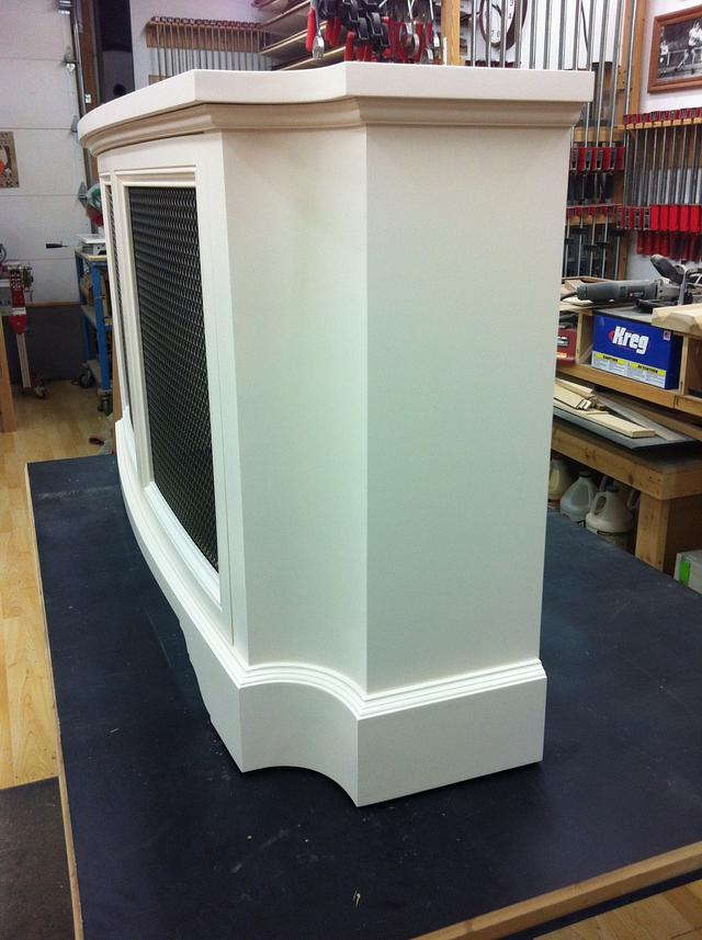 Bow front radiator cover