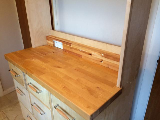 Larder unit / dresser