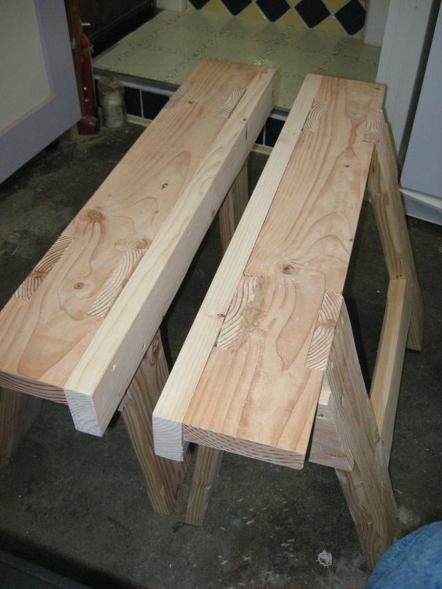 Saw benches