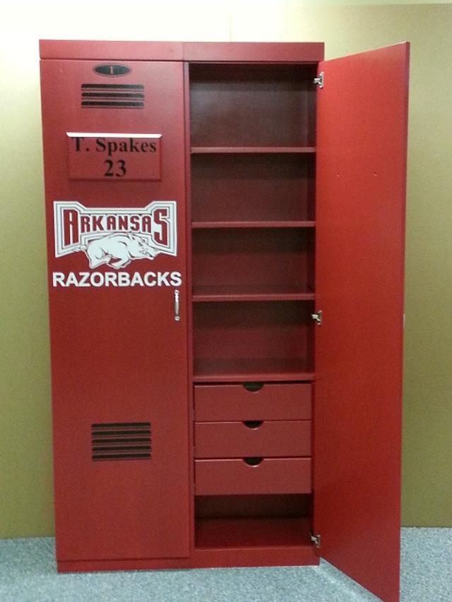 Razorback Sports Lockers