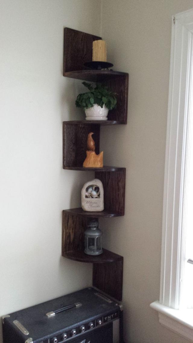 ZigZag Corner Shelf