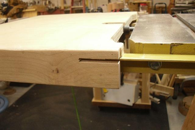 """Powermatic 14"""" Band Saw Table Extension - Woodworking Project by Kelly"""