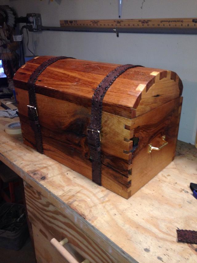 First box I ever made, I enjoyed doing it. Red & white oak.