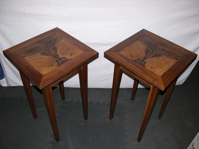 Book Matched end tables - Woodworking Project by ChetKloss