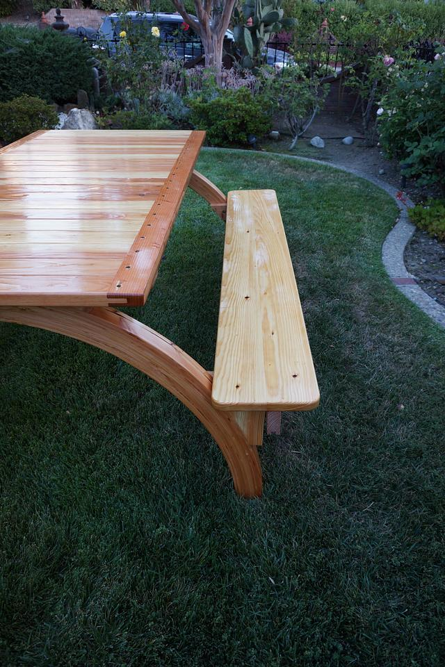 Arched Legs Picnic Table