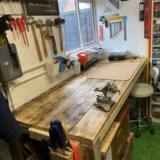 Workbench in its place  - Cake by Faz